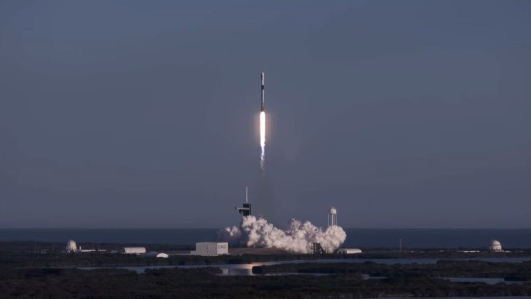 SpaceX launches its eighth standard flight carrying 60 Starlink satellites, and landing with nails