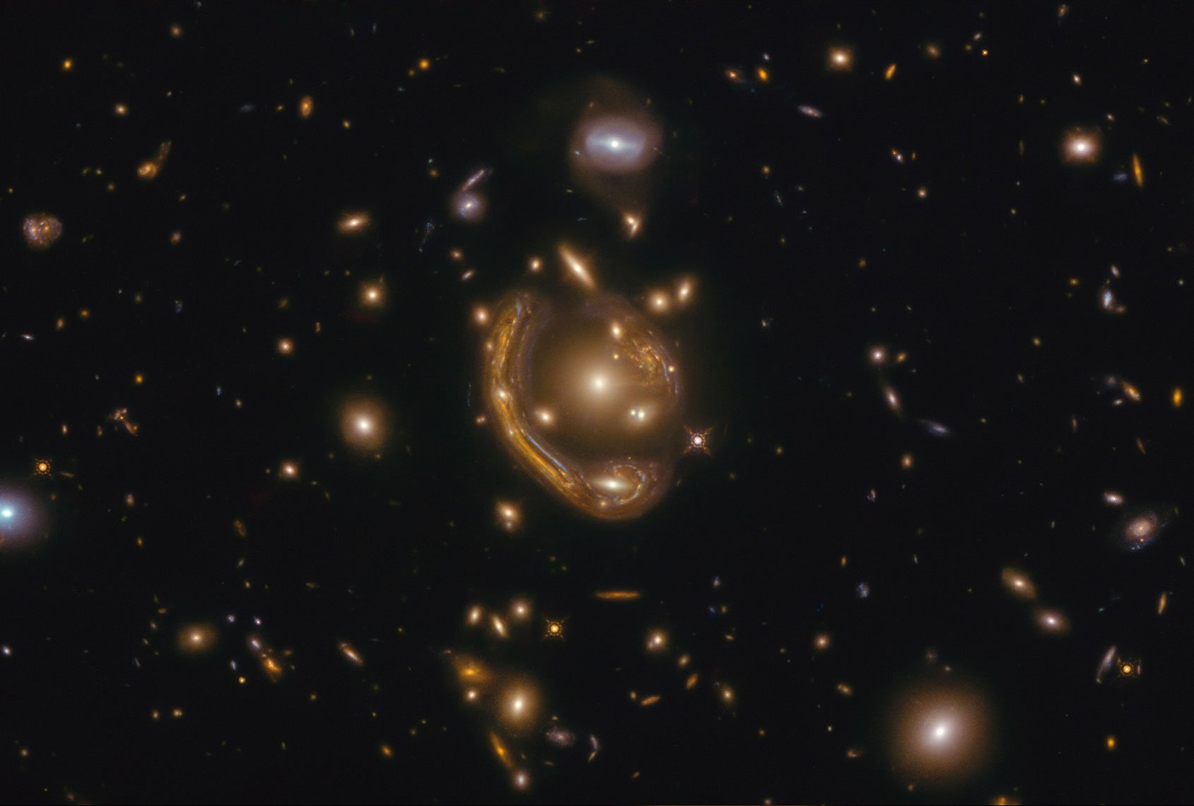 "What was the ""melted ring"" that Hubble saw?"