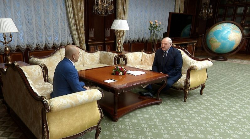Мінськ намагається скасувати заморожування відносин із Заходом та Україною