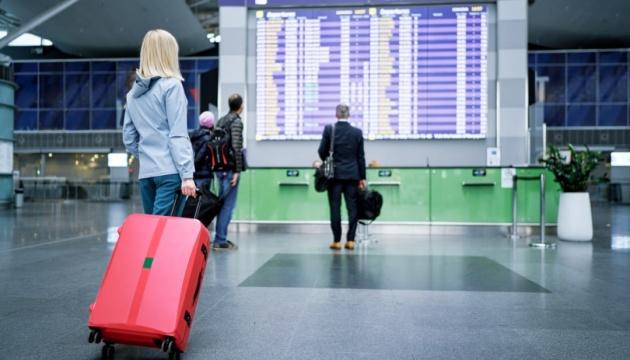 Повітряні перевезення в Україні на 43% нижчі від рівня передепідемій у 2019 році