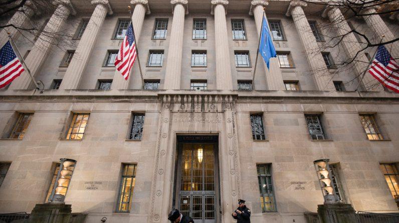 Джерела: Демократична лобістська фірма під федеральним розслідуванням роботи Бурізми