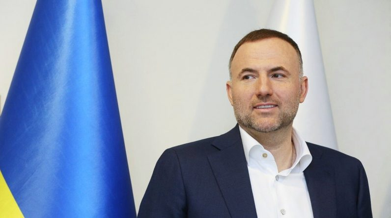 Павло Фукс: Сергій Лещенко поширює неправдиву інформацію про мене    Київська пошта